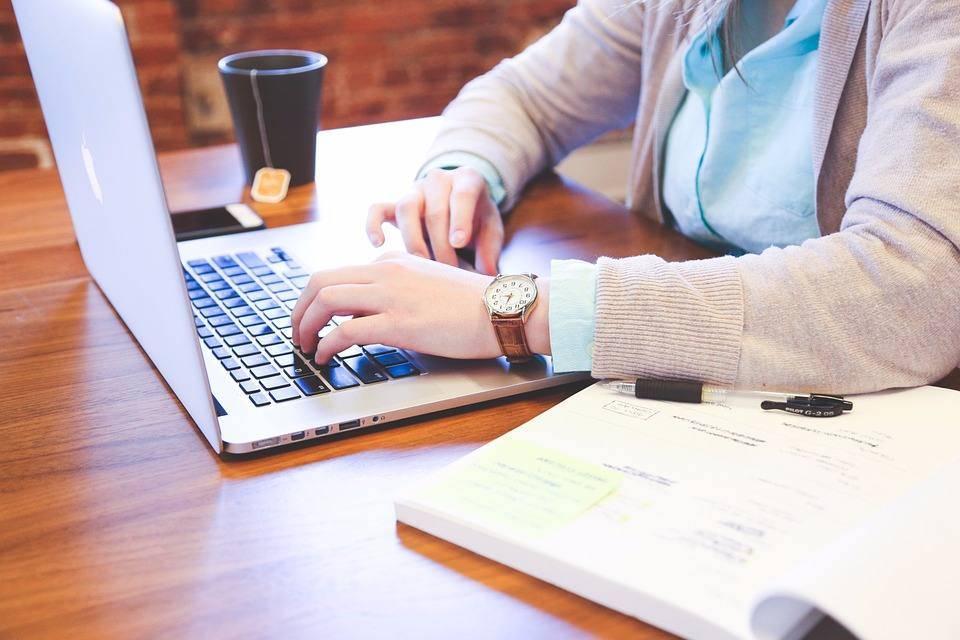 Aprenda a gerenciar e-mail corporativo